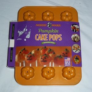 Nordic Ware 43605 Pumpkin Cake Pops Pan, NEW